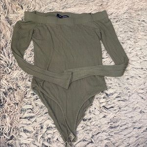 One love clothing Olive green bodysuit!